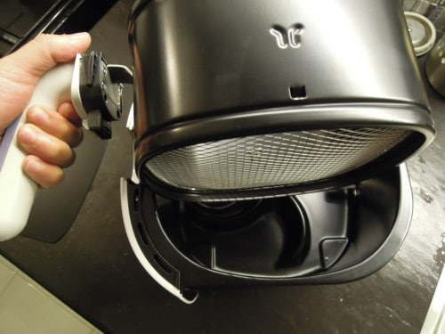5-no-sweat-tips-for-an-effective-air-fryer-maintenance-2
